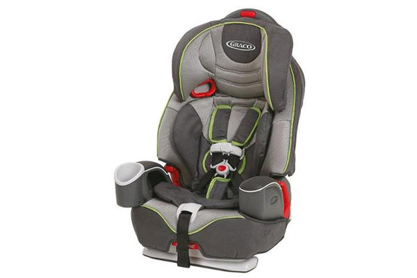 5 Advantages of Purchasing a Booster Seat